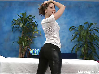 Hot and hawt 18 year old chick gets screwed hard doggystyle from her massage therapist
