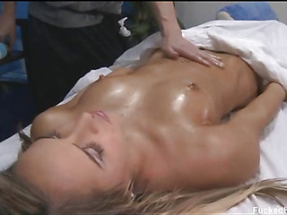 Marvelous 18 year old cuteie gets screwed hard by her massage therapist