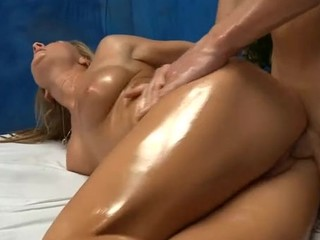 Hot 18 year old gril acquires screwed hard doggy position by her massage therapist